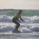 Surfkurse-in-Hossegor-mit-Ki-Surf-School-12-748x499